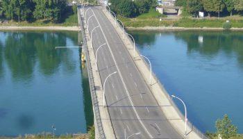A bridge over Schengen's troubled borders